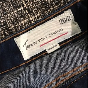 Two by VINCE COMUTO women's jean size 26/2 dark